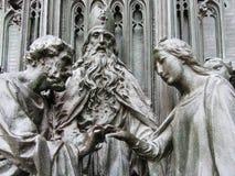 Bronzeskulptur der heiligen Familienhochzeit Stockbild