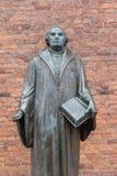 Bronzestatue des Reformers Martin Luther vor Luther c Lizenzfreies Stockfoto