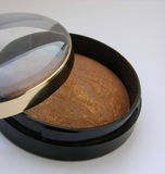 Bronzing powder Royalty Free Stock Images