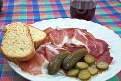 Brood en bacon Stock Afbeeldingen