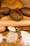 Brood en componenten. Royalty-vrije Stock Afbeelding