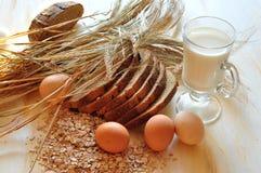 Brood en eieren Stock Afbeelding