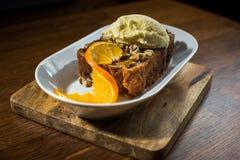 Brood en het boter puding met Roomijs Royalty-vrije Stock Afbeeldingen