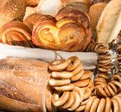 Brood en het drogen royalty-vrije stock afbeeldingen