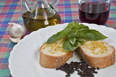 Brood en olijfolie Stock Afbeeldingen