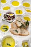 Brood en olijfolie Stock Afbeelding