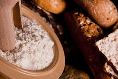 Brood en zijn componenten Stock Afbeeldingen
