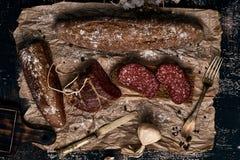 Brood, gerookt worst en knoflook Royalty-vrije Stock Afbeelding