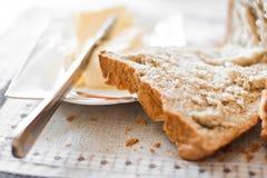 Brood met boter stock afbeelding