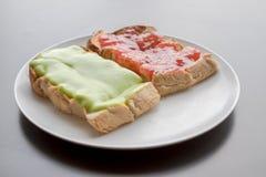 Brood met jam Stock Afbeeldingen