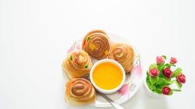 Brood met jus d'orange Stock Afbeelding