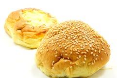 Brood met sesam en kaasbrood Stock Fotografie