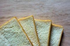 Brood op de houten vloer Houten achtergrond stock foto's