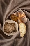 Brood op een jute Royalty-vrije Stock Fotografie