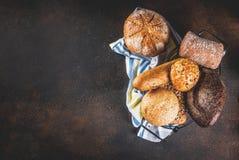 Brood van de verscheidenheids het eigengemaakte korrel Royalty-vrije Stock Afbeelding
