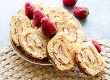 Broodje met aardbei Royalty-vrije Stock Foto's