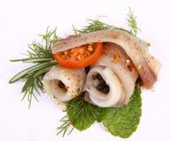 Broodje met haringen Haringen op pertse esklyuziv schotel van ryby Dossierlodde Behoud van Haringen Royalty-vrije Stock Foto's