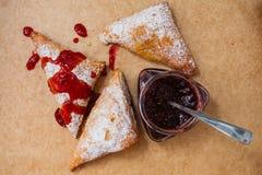 Broodje met jam Stock Afbeeldingen