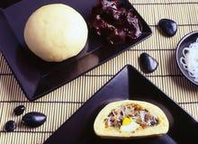 Broodje met traditionele Oostelijke keuken royalty-vrije stock foto's