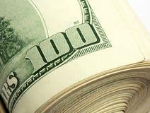 Broodje van $100 rekeningen Stock Afbeeldingen