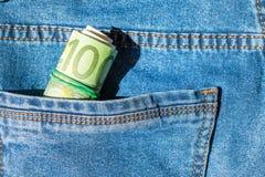 Broodje van euro bankbiljetten in een zak Royalty-vrije Stock Afbeeldingen