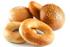 Broodjes en leiding-wielen Stock Afbeeldingen