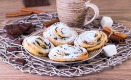 Broodjes met chocolade en kaneel Royalty-vrije Stock Fotografie