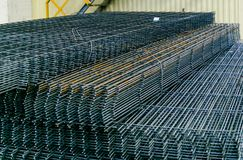 Broodjes van het anker van het de montagestaal van het aluminiummetaal Zware industrieproductie Walsen van metaalinstallatie royalty-vrije stock fotografie