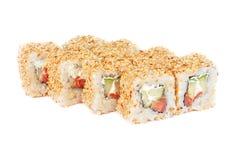Broodjes van sushi de verse maki met sesam Royalty-vrije Stock Foto's