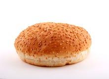 Broodjes voor hamburger over wit Stock Afbeeldingen