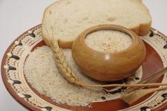 Broodkruimels met tarweoor royalty-vrije stock foto's