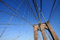 Brooklyn-Brückeen-Web der Seilzüge Stockfoto