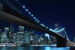 Free Brooklyn Bridge And Manhattan Skyline At Night Stock Image - 26763241