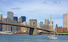Brooklyn Bridge And Sailboat Royalty Free Stock Images