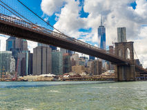 The Brooklyn Bridge and the downtown Manhattan skyline in New Yo Royalty Free Stock Photography