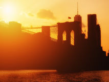 The  Brooklyn Bridge and the downtown Manhattan skyline at sunse Royalty Free Stock Photography