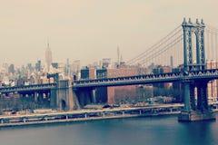 The Brooklyn Bridge and the lower Manhattan skyline in New York Stock Photo