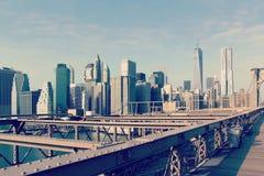 The Brooklyn Bridge and the lower Manhattan skyline in New York Stock Photos