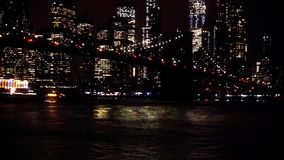 Brooklyn bridge Manhattan nocy linia horyzontu zbiory