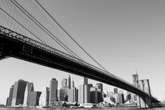 Brooklyn Bridge and Manhattan skyline At Night Stock Photos