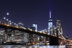 Brooklyn Bridge and Manhattan Skyline At Night Royalty Free Stock Images