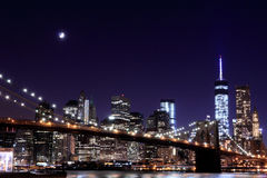 Brooklyn Bridge and Manhattan Skyline At Night Stock Photography