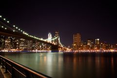 Brooklyn Bridge, New York at Night Royalty Free Stock Photos
