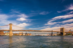 The Brooklyn Bridge, over the East River, seen from Pier 15, Man Stock Photos