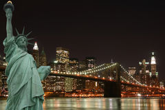 Brooklyn Bridge and the Statue of Liberty Stock Photos