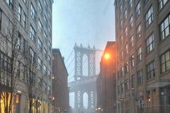 Brooklyn Dumbo område under snöstorm Royaltyfri Bild