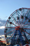 BROOKLYN, NEW YORK - MAY 31: Wonder Wheel at the Coney Island amusement park Royalty Free Stock Images