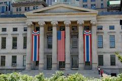 Brooklyn, Nueva York, ayuntamiento adornado para el 4 de julio Fotografía de archivo