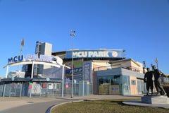 MCU-basebollarena som en farmarligabaseballstadion i Coneyön delar upp av Brooklyn Royaltyfria Foton