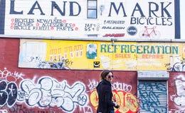 BROOKLYN, NYC, Stati Uniti, il 29 settembre 2013: Arte della via a Williamsburg Fotografie Stock